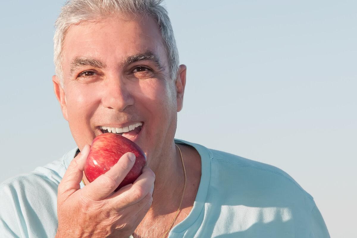 https://logandentureclinics.com.au/wp-content/uploads/2020/11/dentures-logan.jpg